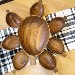 Vintage Monkey pod wood bowl set